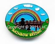 BEAUTIFUL ENAMEL PIN BADGE RAINBOW BRIDGE PET LOSS KEEPSAKE CAT/DOG
